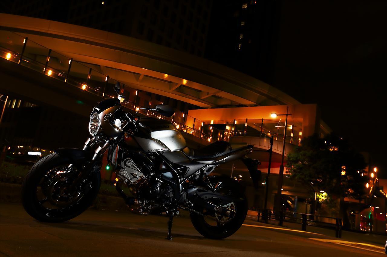 """画像1: 『SV650』も『SV650X』も最後は""""走り""""で勝負するバイク!"""