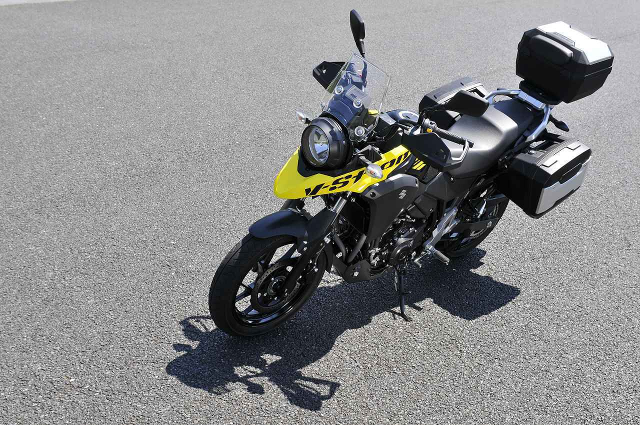 画像1: スズキ『Vストローム250』でバイクキャンプ用品を満載してみる!