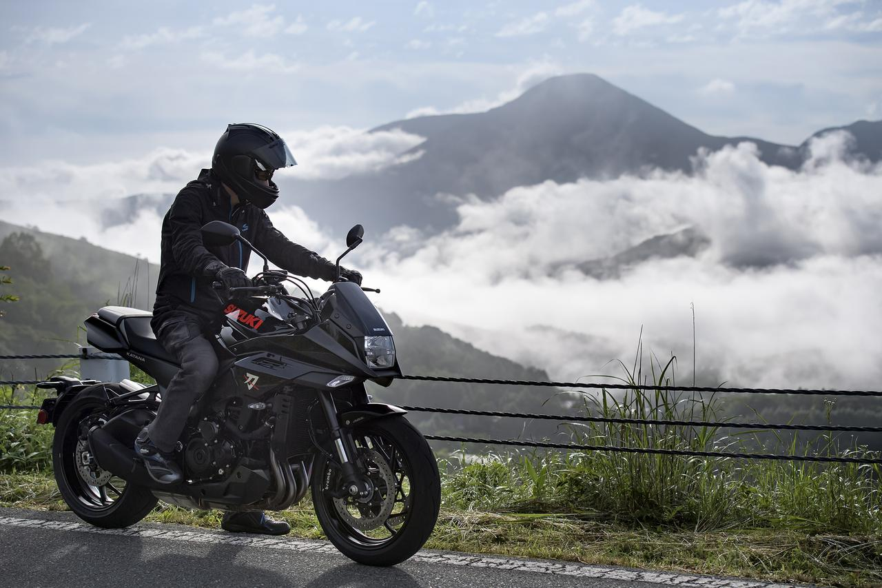 画像3: スズキの『カタナ』はスポーティに走るだけのバイクじゃない