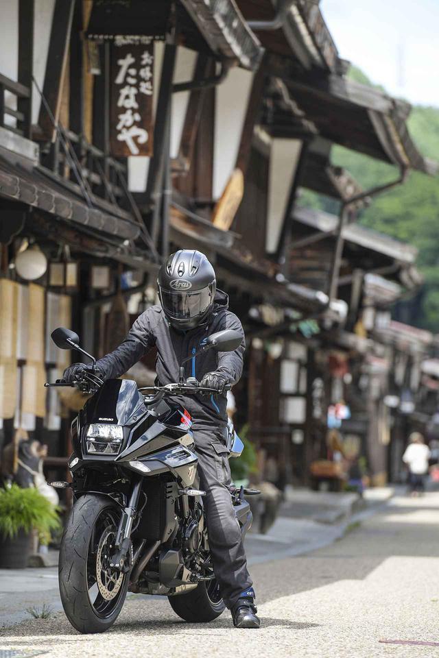画像2: 高性能な大型バイクだけどスズキの新型『カタナ』の本質はそこじゃない? 燃費や航続距離も測ってみたけれど…… 【SUZUKI KATANA/ツーリングインプレ後編】