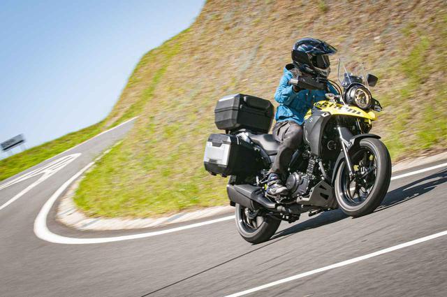 画像: 荷物満載で『Vストローム250』はちゃんと走る?250ccだと不安定になるのか走ってみた! - スズキのバイク!