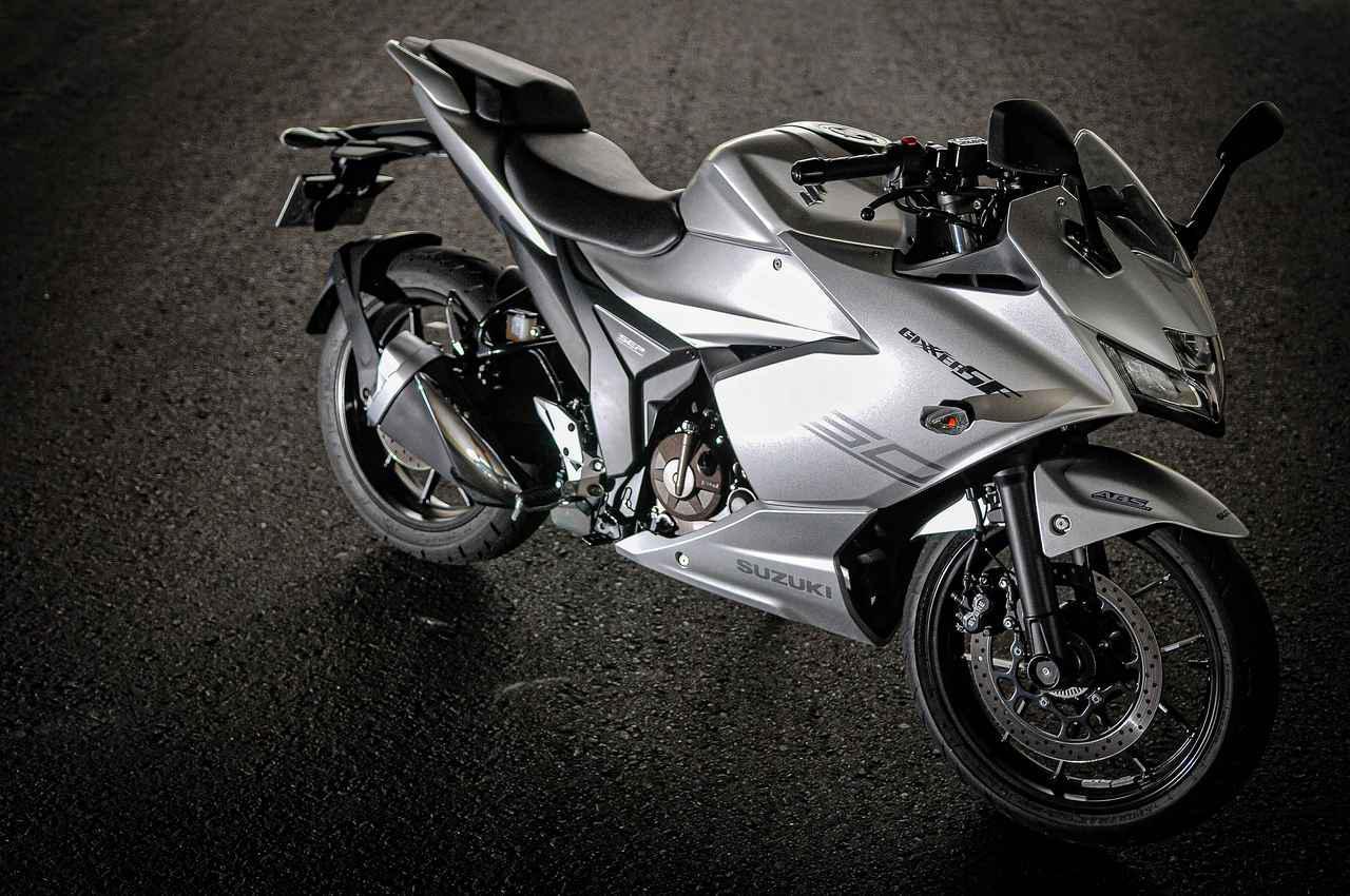 画像: 燃費は?足つき性は?スズキ新型『ジクサーSF250』のそこが気になる! - スズキのバイク!