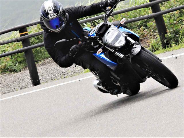 画像: 勝負あったか!? 燃費に悪い標高2172mの峠を『ジクサー150』は突破できるか! - スズキのバイク!