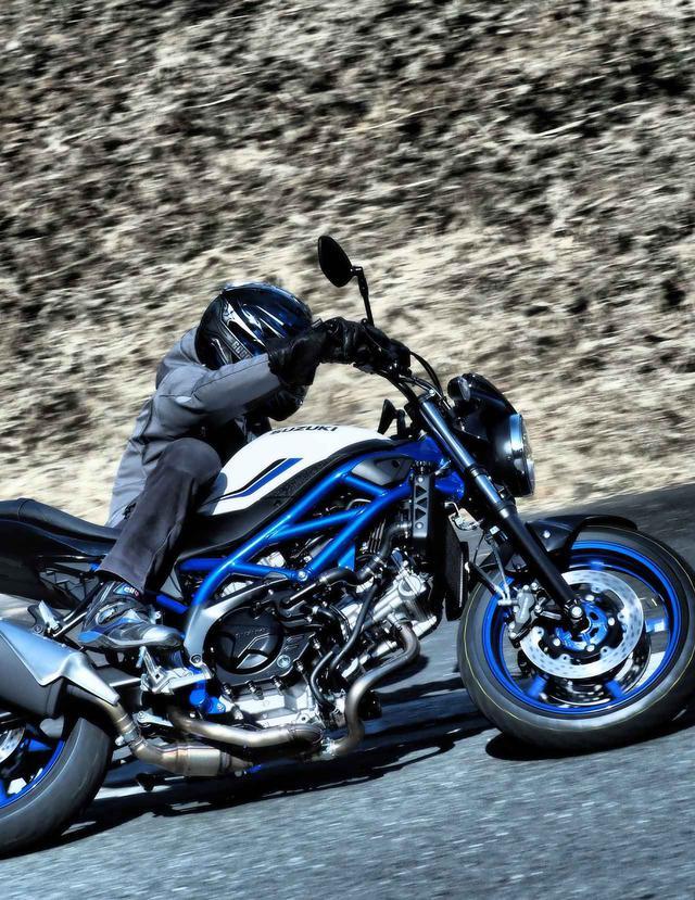 画像3: シンプルに『バイクで走ること』は好きですか?