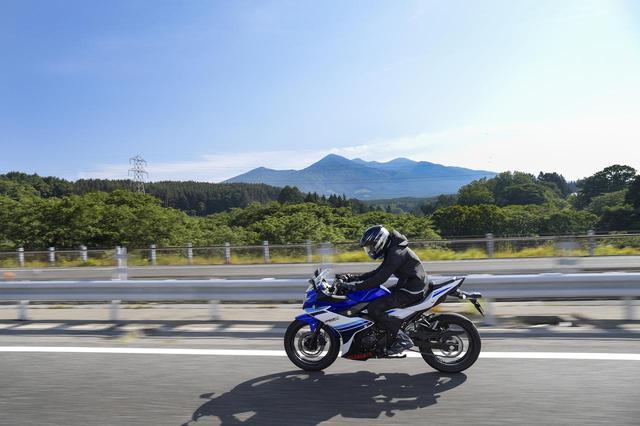 画像: 中央道を長野方面へ北上。八ヶ岳がクリアに見えて気分爽快!