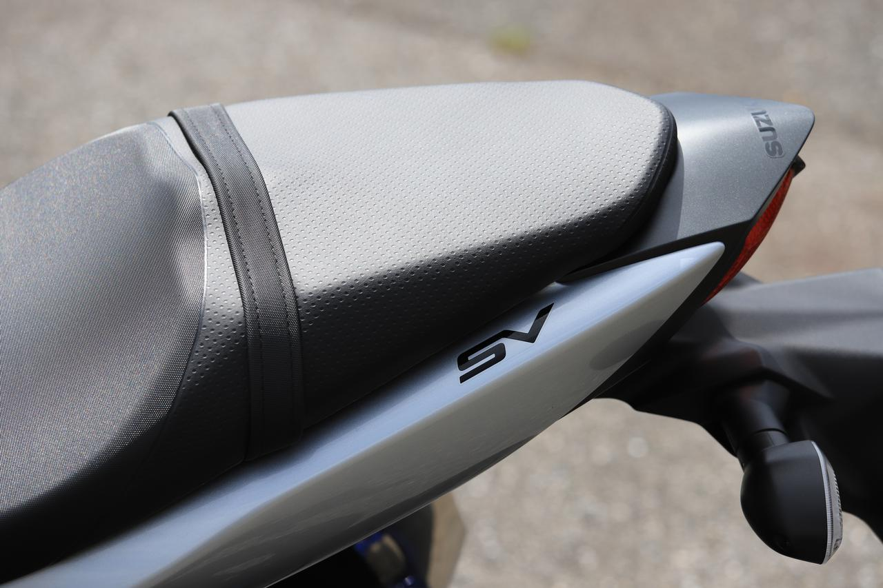 画像2: ⑤ スズキはシートは硬さがいい感じ。荷物の積載性は……