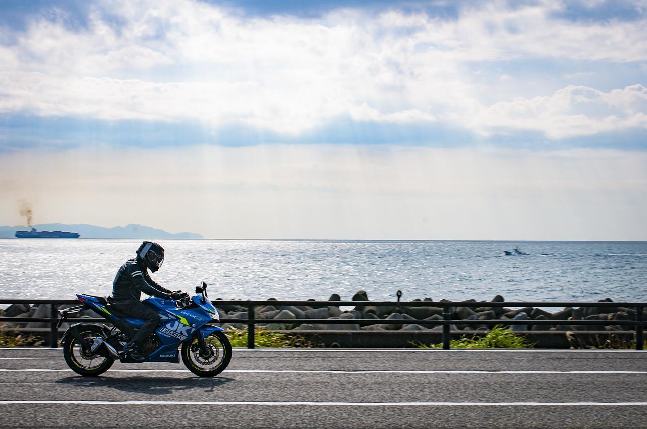 画像2: 一般的な250ccスポーツバイクよりも快適性は高い