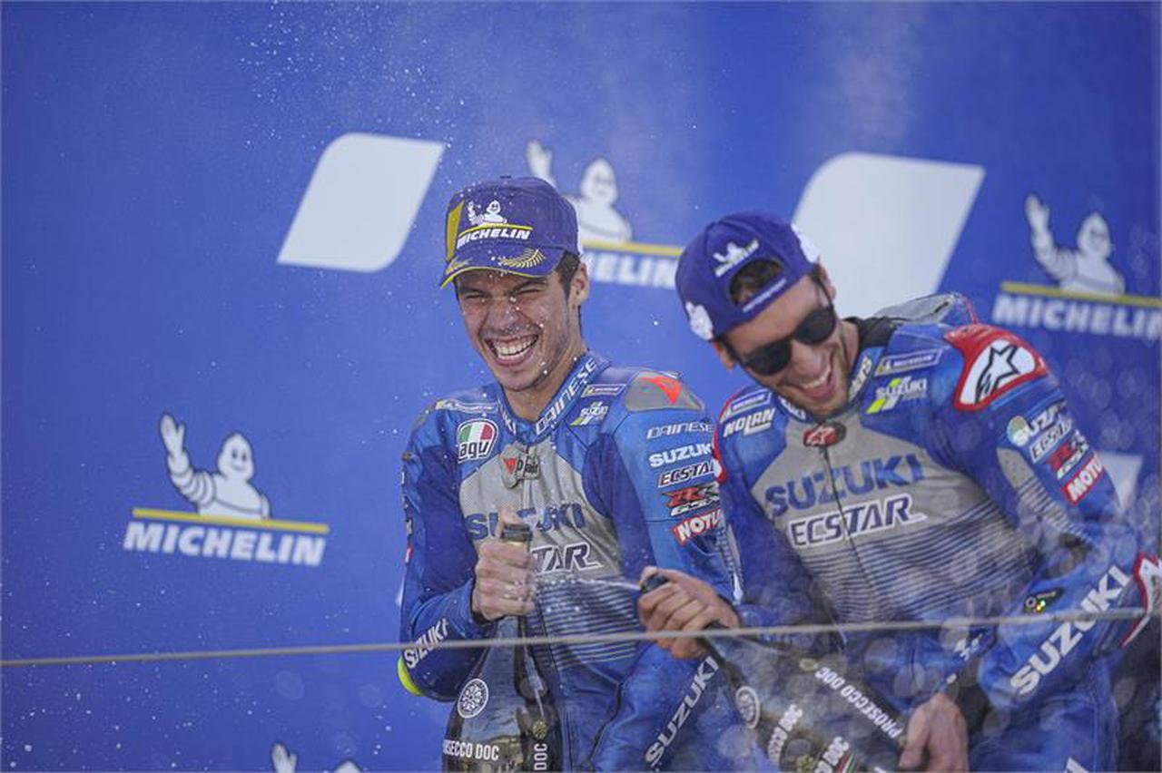 画像: 【完・全・勝・利】スズキが圧倒的! MotoGP2020第11戦アラゴンGPでリンスが優勝! ジョアン・ミルはランキングトップへ! - スズキのバイク!