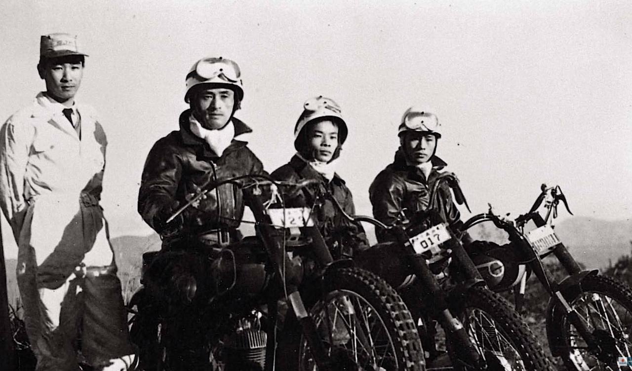 画像1: スズキは『2ストのバイク』で世界に名を知らしめた