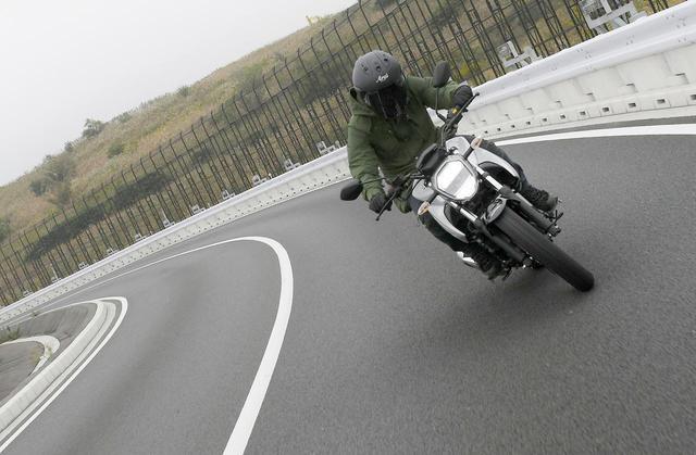 画像1: 大荷物を積んで分かったスズキ『ジクサー150』のツーリングバイクとしての性能