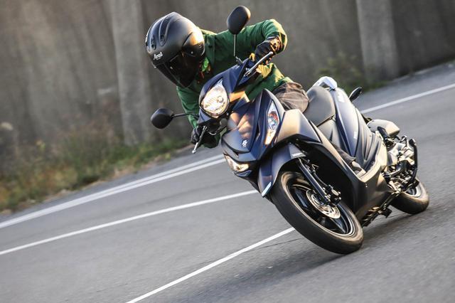 画像: 【コーナリング編】軽快だけど優しいハンドリング! 安心して走れる原付二種スクーターならスズキの『アドレス110』がおすすめです! - スズキのバイク!