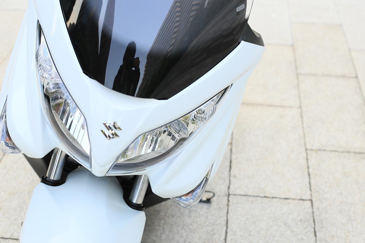 画像: 原付二種スクーターと比較するのは150ccじゃないかも? 『バーグマン200』が200ccバイクとして突き抜けてる! - スズキのバイク!