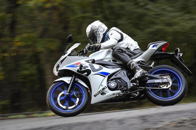 画像: 125ccで走りの極意を!原付二種スポーツはスロットルの扱いかたが大型バイクとぜんぜん違う!? - スズキのバイク!