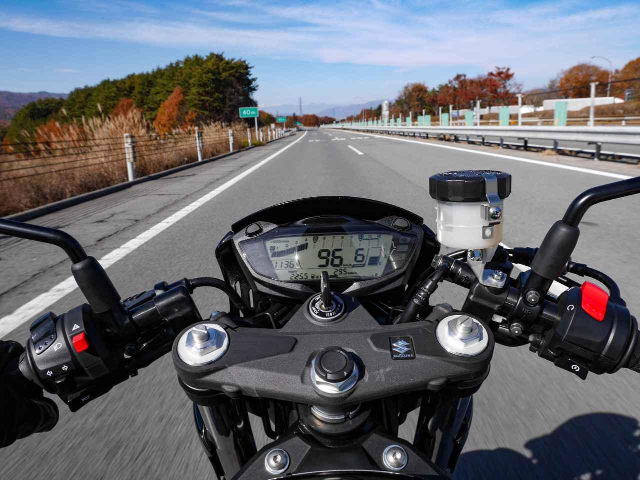 画像1: 650ccだからといって『SV650X』にパワー不足は一切ない