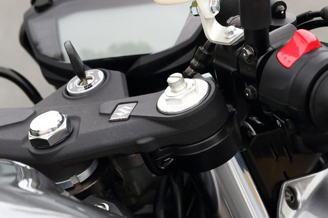 画像1: SV650も『X』もタイヤは同じです
