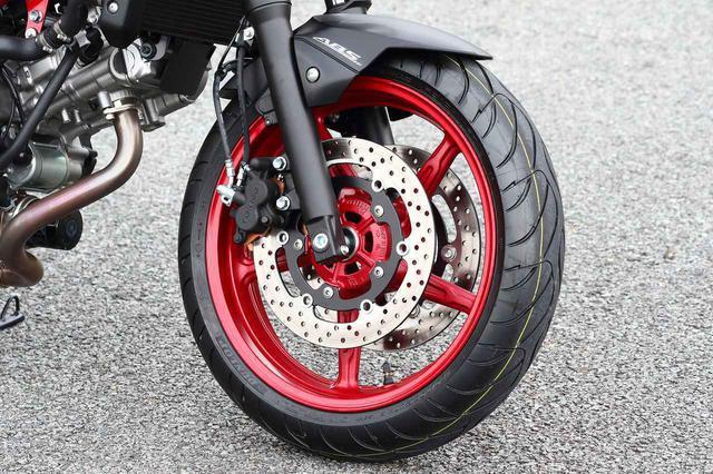 画像1: 前より評価が高くなってる? スズキの大型バイクでいちばん売れてる『SV650』と『SV650X』を並べて乗ってみた!【SUZUKI SV650/SV650X 比較インプレ・中編】