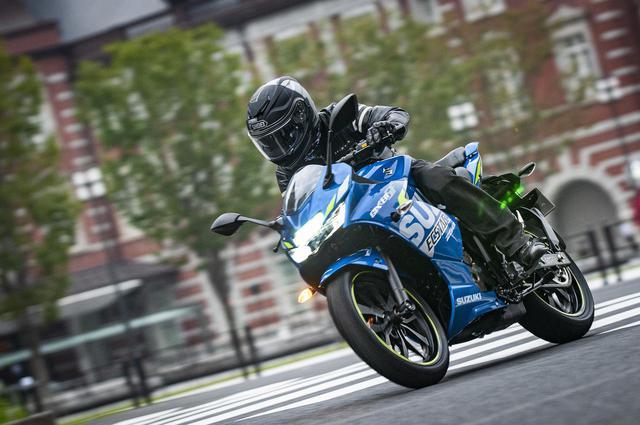 画像: 【GIXXER SF250】50万円以下で新車が買える250ccスポーツ!スズキの『ジクサーSF250』は、ひょっとしてドリームバイクかもしれない…… - スズキのバイク!
