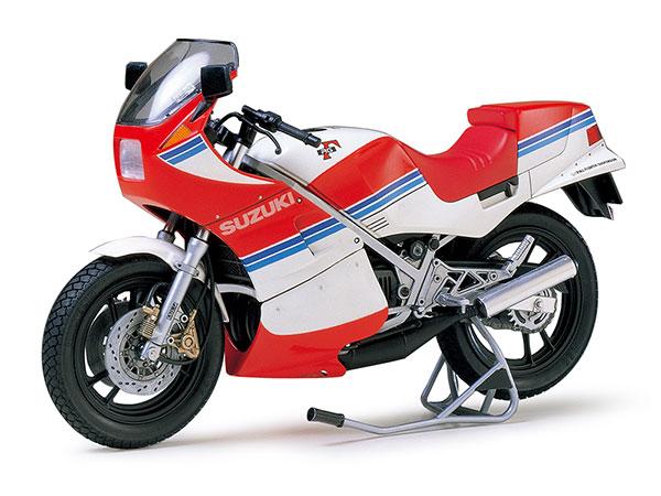 画像: タミヤ 1/12 オートバイシリーズ スズキ RG250Γ (ガンマ) フルオプション