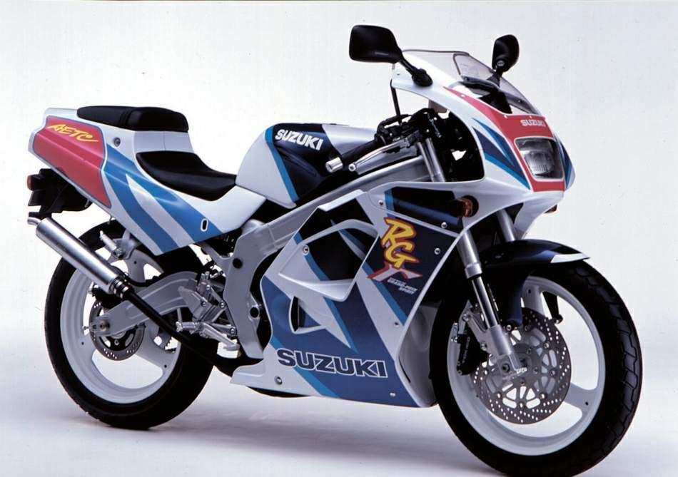 画像1: 2スト125cc水冷エンジンを積んだ原付二種のフルカウルスポーツ!