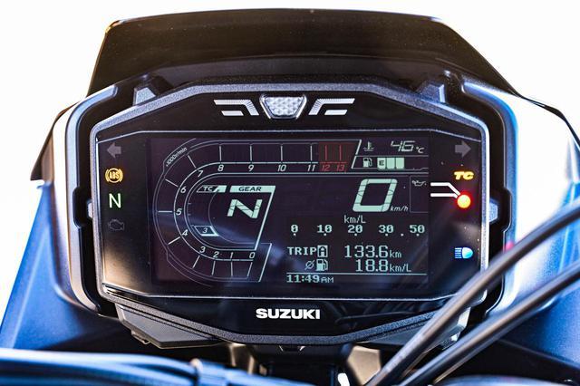 画像: 簡単始動の「スズキイージースタート」とライダーをサポートする「トラクションコントロール」