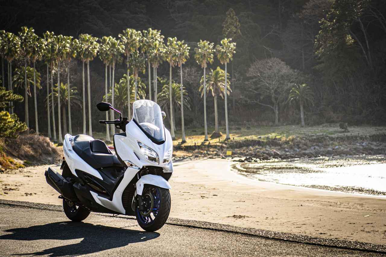 画像: スズキのバイクで最も穏やかに走れるのは『バーグマン400』かも?