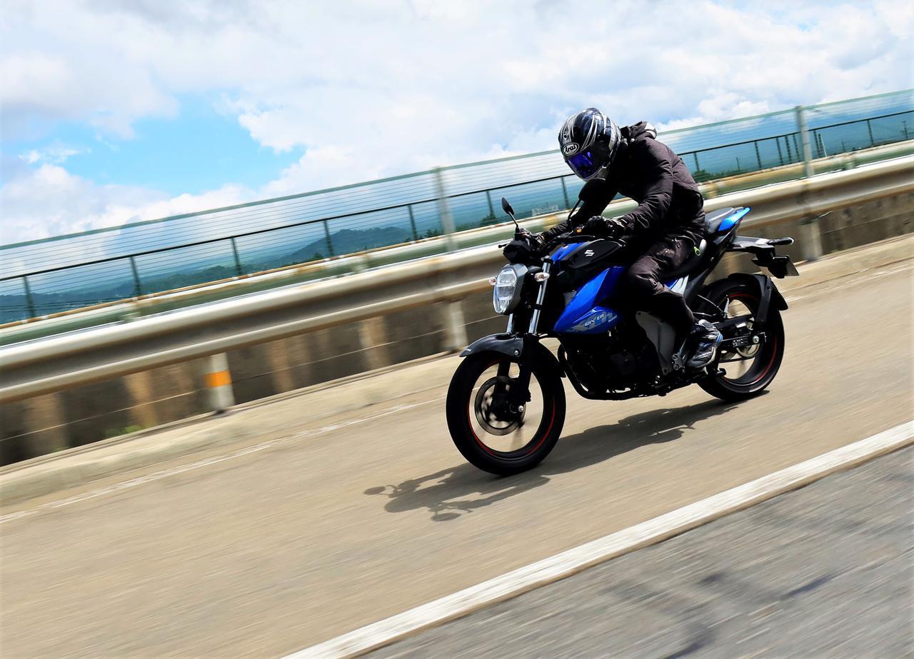 画像: ガソリン満タンで何キロ走れる? スズキ『ジクサー』の燃費に挑むツーリングへ! - スズキのバイク!
