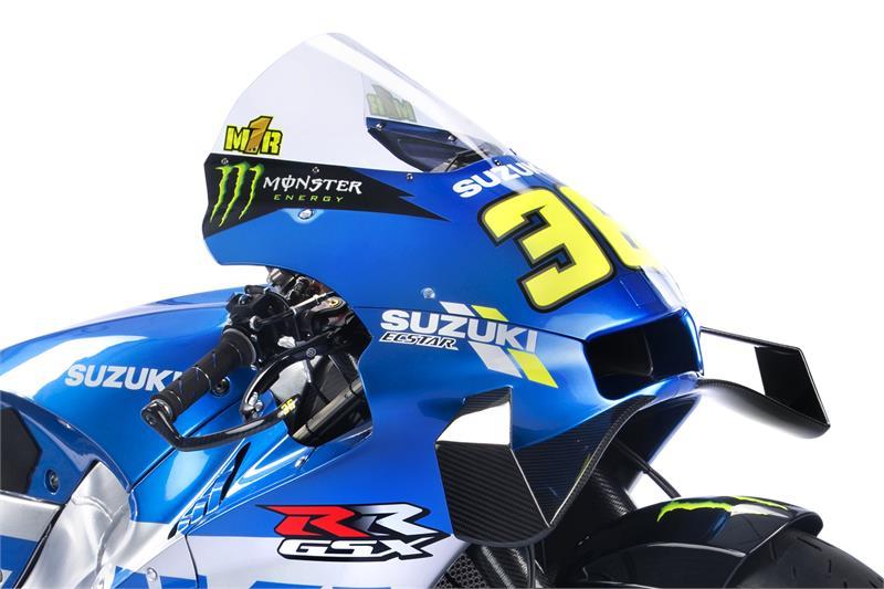 Images : 8番目の画像 - 「最高出力240馬力以上! スズキがモンスターエナジーとタッグを組んだ新型『GSX-RR』を初公開。全方位じっくりお見せします!【100%スズキ贔屓のバイクレース⑭/MotoGP 2021】」のアルバム - スズキのバイク!- 新車情報や最新ニュースをお届けします