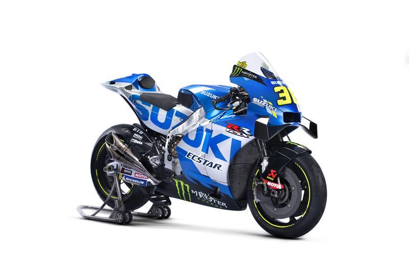 Images : 2番目の画像 - 「最高出力240馬力以上! スズキがモンスターエナジーとタッグを組んだ新型『GSX-RR』を初公開。全方位じっくりお見せします!【100%スズキ贔屓のバイクレース⑭/MotoGP 2021】」のアルバム - スズキのバイク!- 新車情報や最新ニュースをお届けします