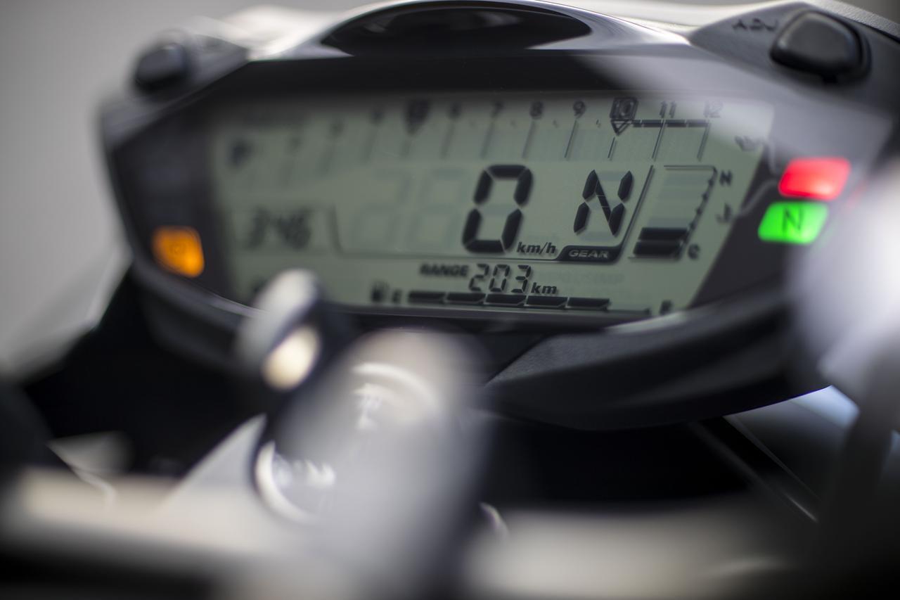画像1: SV650で走って感じる『実際の速度』との同調感
