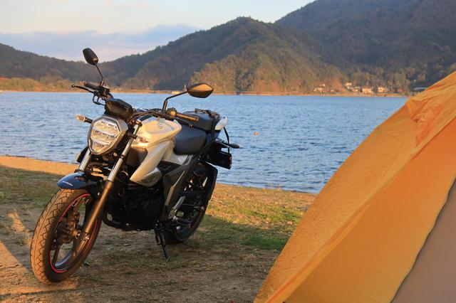 画像: 250ccと比べてどう? スズキの150cc『ジクサー150』でキャンプ旅をしてみて思った◎と✖ - スズキのバイク!