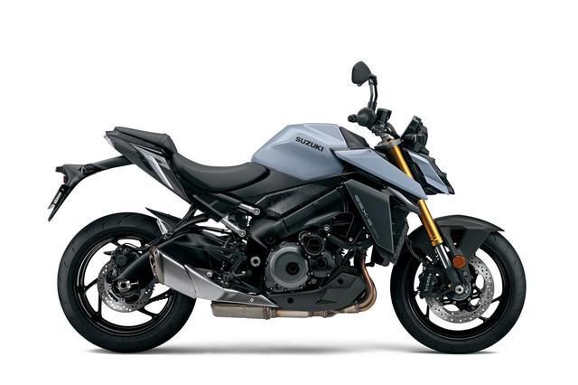 画像2: カラーによって全然違うバイクに見える新型『GSX-S1000』