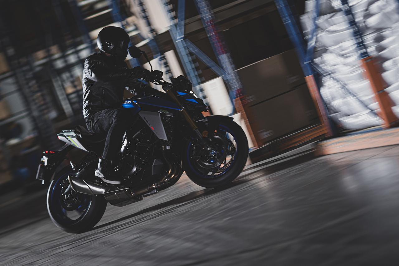 Images : 18番目の画像 - 「【写真55枚】スズキ新型『GSX-S1000』全部見せます! とにかく写真をたくさん見たい人はこちら!【SUZUKI GSX-S1000(2021)/写真アルバム編】」のアルバム - スズキのバイク!- 新車情報や最新ニュースをお届けします