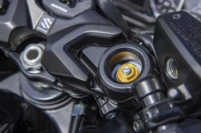 画像2: 新型『隼(ハヤブサ)』の燃費や足つき性は? おすすめポイントや人気の装備、価格やスペックを解説します【スズキのバイク!の新車図鑑▶大型バイク編/SUZUKI Hayabusa(2021)】