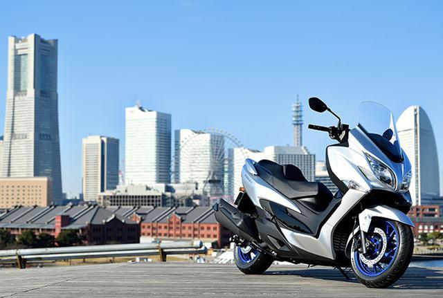 画像: 日本での登場はいつ!? 電子制御やツインプラグを新採用した新型『バーグマン400』のプロモーションビデオが公開中!【スズキのバイク!の耳寄りニュース/SUZUKI BURGMAN 400】