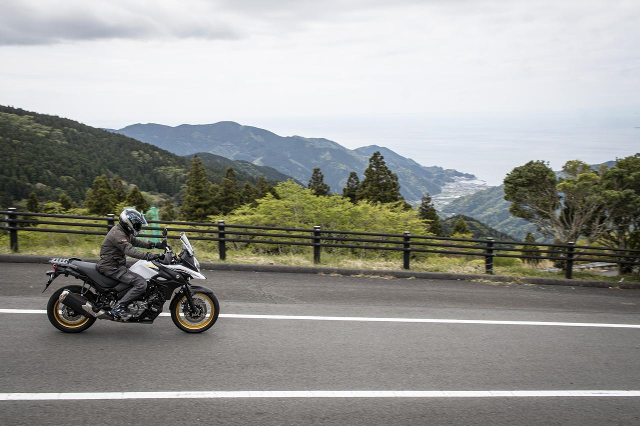 画像: でも『Vストローム650XT』はツーリングバイクなので……