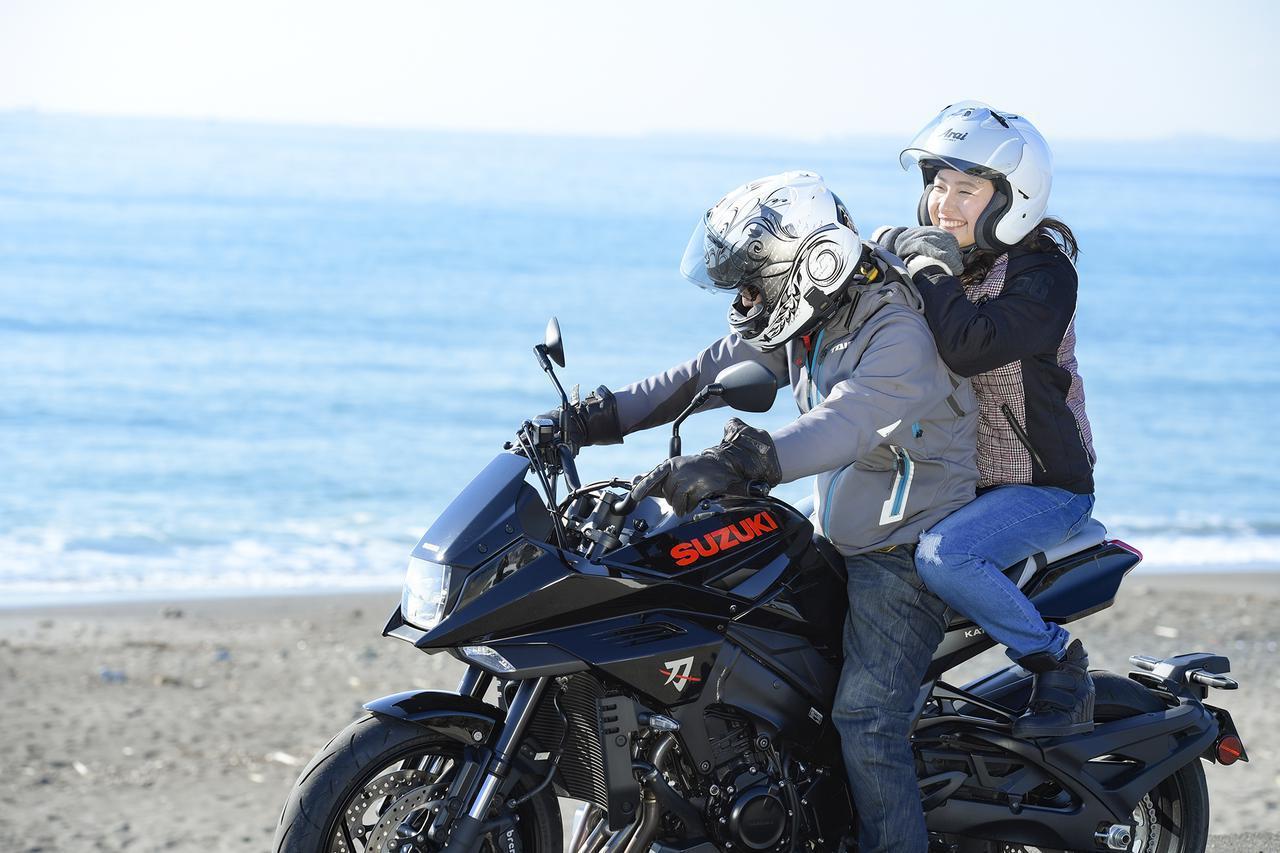 画像: バイクで女子とタンデムするなら知っておくべきこと。それをスズキの『カタナ』から学びました……  - スズキのバイク!