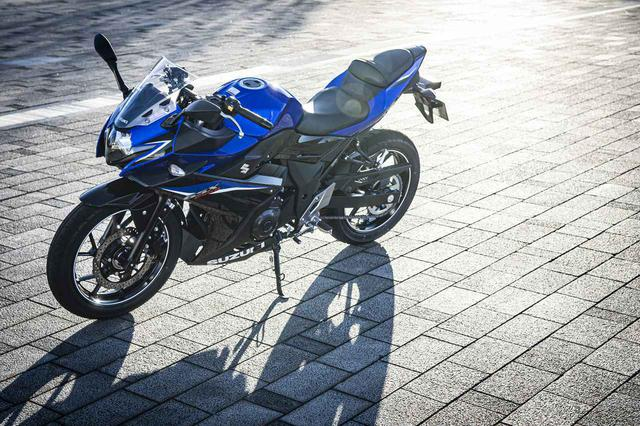 画像: 他の250ccスポーツとは志が違う。だから『GSX250R』は揺るがない - スズキのバイク!