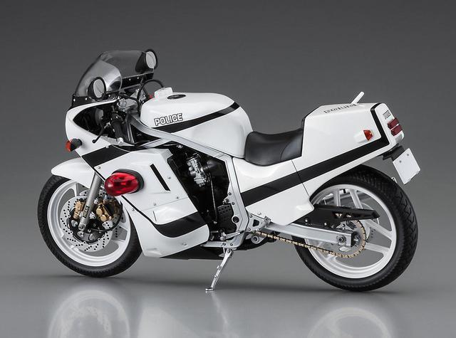 画像3: アニメに登場する『GSX-R750』の白バイがプラモデル化!