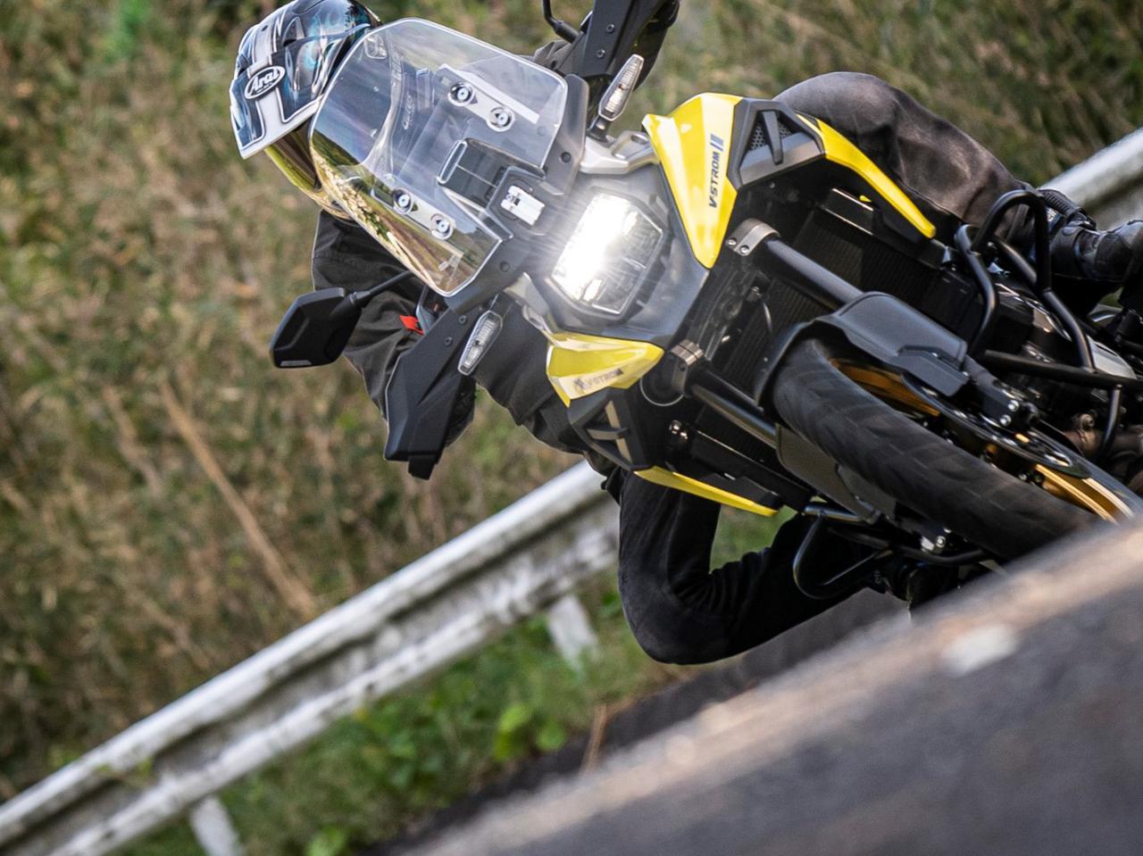 画像2: コーナーが速いアドベンチャーバイク
