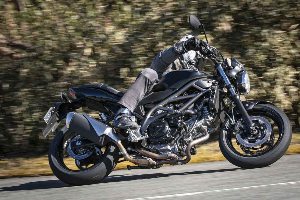 画像: フレームのしなりなんて上手い人だけの感覚だと思ってた。だけどスズキ『SV650』はそれを感じる近道かも? - スズキのバイク!