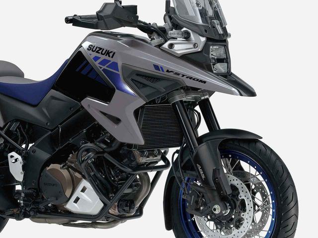 画像: 【2021モデル情報】スズキの大型アドベンチャーバイク『Vストローム1050/XT』が2021年カラーでちょっとイメージ変えてきた? - スズキのバイク!