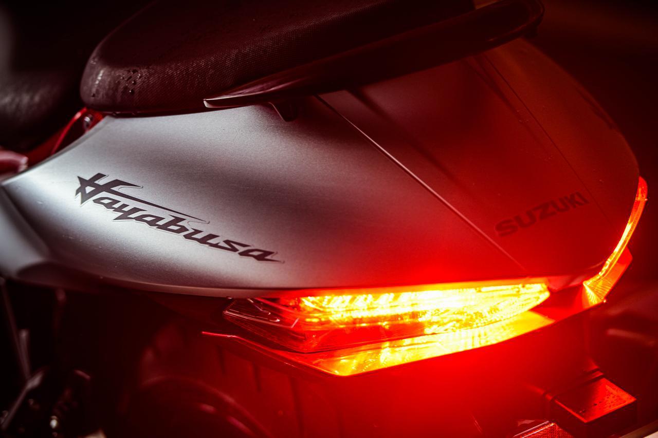 画像3: 「究極のバイク」は熟練のライダーにしか乗りこなせない?