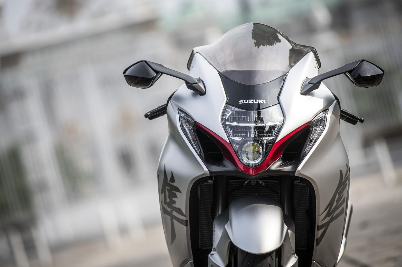 """画像: 新型『隼』は上級者向けの大型バイク? 日常の""""扱いやすさ""""から既に「思い違い」をしていた件 - スズキのバイク!"""