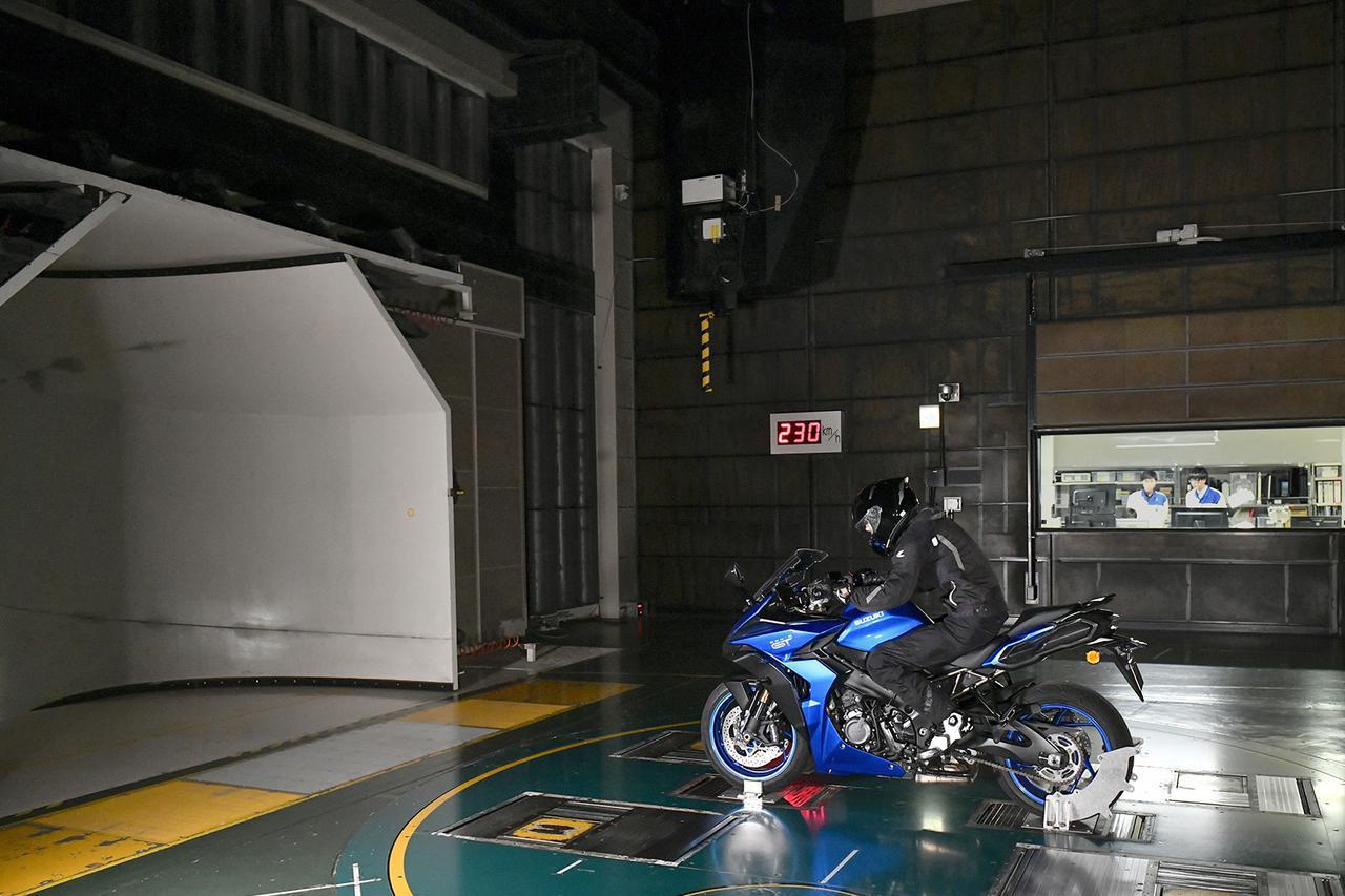 画像5: 新型『GSX-S1000GT』はGSX-S1000Fから何が変わった? 【スズキのバイクの新車ニュース/SUZUKI GSX-S1000GT 装備&ディテール 編】