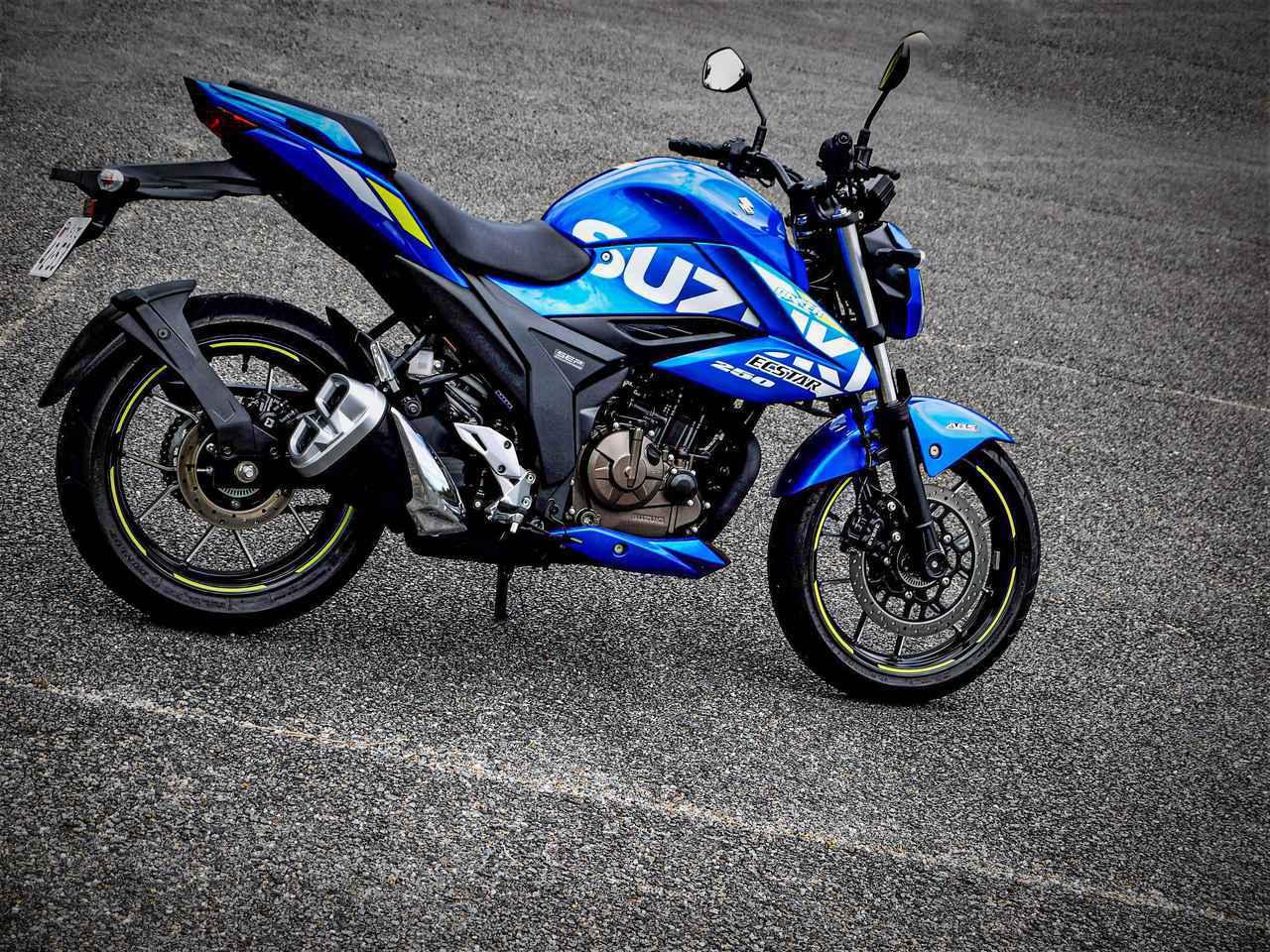 画像: 燃費王『ジクサー150』があれば十分じゃない?だったら250ccの『ジクサー250』ってどんなバイクなんだ? - スズキのバイク!