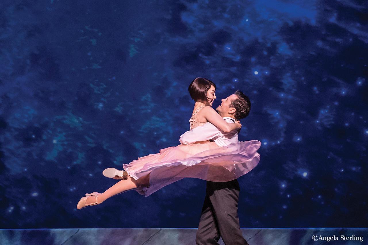 画像: ウェストエンド公演を特別撮影した極上の恋愛ミュージカル!松竹ブロードウェイシネマ『パリのアメリカ人』 予告映像&ポスタービジュアルが公開 - otocoto | こだわりの映画エンタメサイト