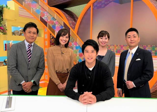 画像: 静岡朝日テレビ「「とびっきり!しずおか」に出演した内田篤人さん(中央)