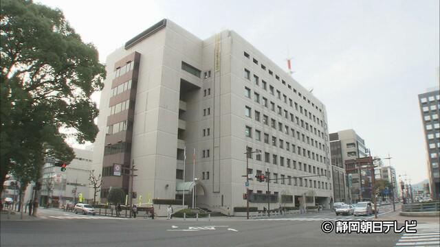 画像: 止まっていた大型貨物自動車に追突 原付バイクの64歳男性が死亡 静岡市