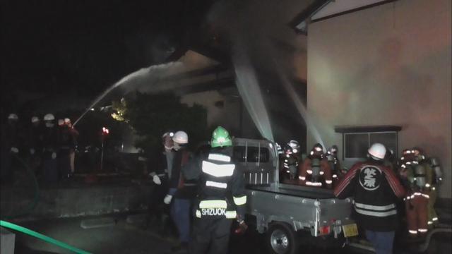 画像: 静岡・牧之原市の住宅で火災 男性1人が全身火傷で死亡