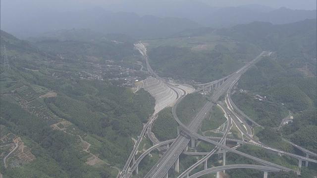 画像: 静岡県と山梨県を結ぶ中部横断自動車道 2021年9月に全線開通へ youtu.be